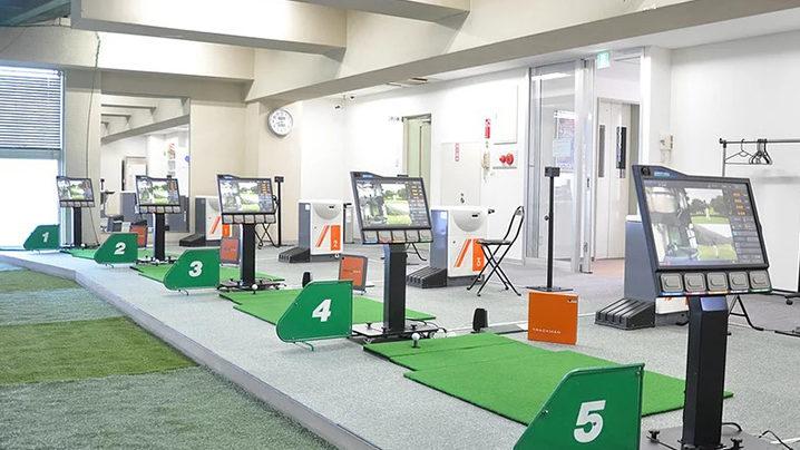 平岸ゴルフセンターで100切りを目指せる?レッスンの特徴や料金を解説