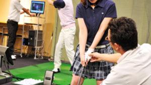 ツーサムゴルフスタジオでスコアはアップする?レッスン内容・料金を解説