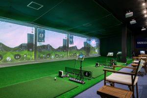 ゴルフスタジオ・アヘッドで100切りを目指せる?レッスンの設備や料金を解説
