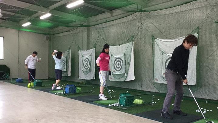 アメニティゴルフスクールのレッスンでゴルフが上達できそうなのかを解説