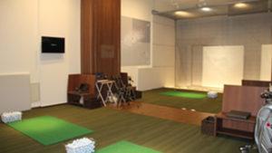 PRGRサイエンスフィットでゴルフが上達する?レッスンの設備や料金を解説